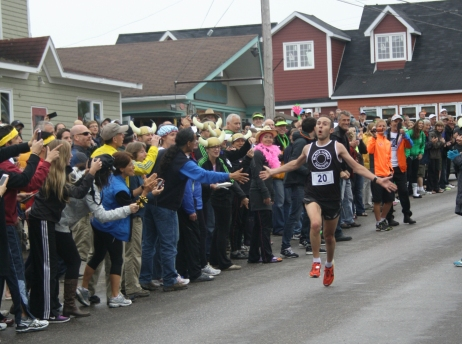cabot-trail-relay-finish2014